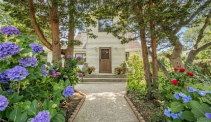 11 Francis Place, Pleasantville, NY 10570