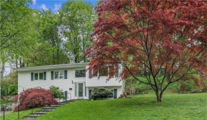 8 Pamela Lane, Mount Pleasant, NY 10595