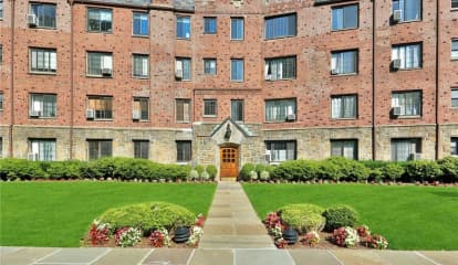 914 Wynnewood Road Unit: 4L, Pelham, NY 10803