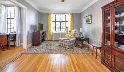 292 Main Street Unit: 4H, White Plains, NY 10601