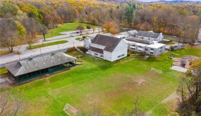 325 W Patent Road, Bedford, NY 10549