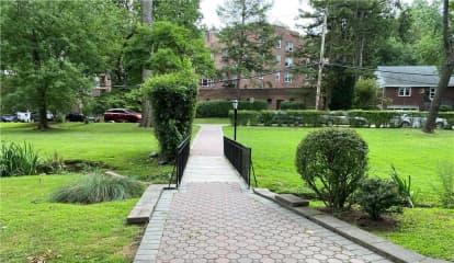 11 Sunnybrook Road Unit: 2A, Bronxville, NY 10708