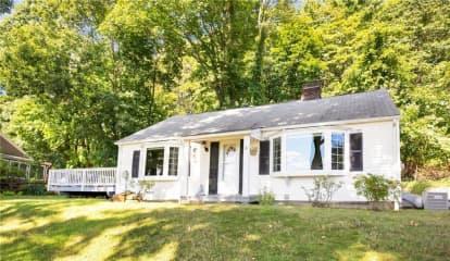 8 White Oak Lane, Brewster, NY 10509