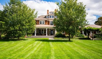 Matt Lauer Puts Hamptons Mansion On Market For $43.99M, Report Says