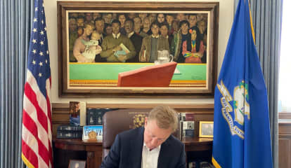 COVID-19: CT Lawmakers Approve Extension Of Lamont's Emergency Powers