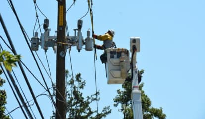 Outage Update: Thousands Of Long Islanders Still Without Power More Than Week After Storm