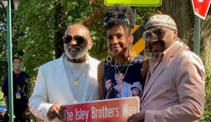 Now Wait A Minute: Isley Brothers Make 'Em Wanna Shout In Teaneck, Englewood