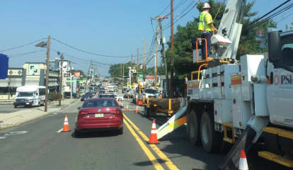 Pole Work Congests Traffic On Essex Street In Hackensack