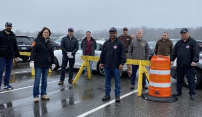 COVID-19: Suffolk Officials, Police Deliver Food, Thank Workers At Testing Center