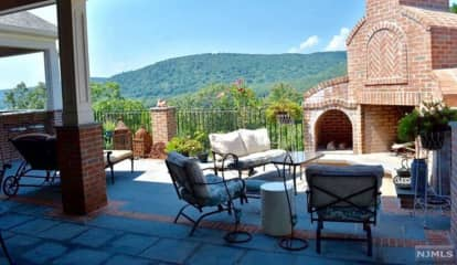 Mahwah House Listed At $1.5M Is Private Getaway Right Here