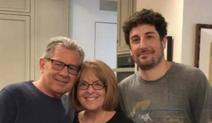 Hasbrouck Heights Native Jason Biggs Stars In New Parenting Show (And His Mom Is Super Proud)