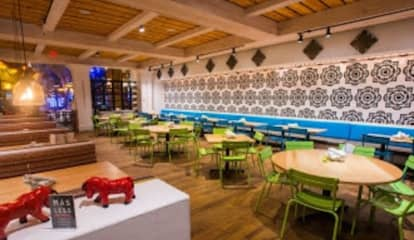 COVID-19: Mohegan Sun Reopens Popular Restaurant, Launches New Gift Shop