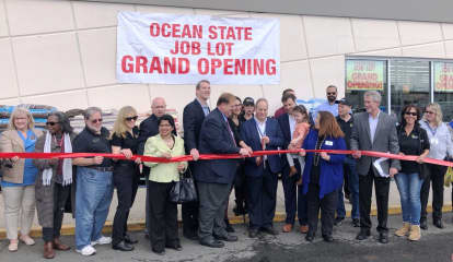 Ocean State Job Lot Celebrates Grand Opening Of Nanuet Store
