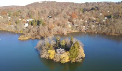 Private Island Home On Lake In Hudson Valley Listed At $850,000