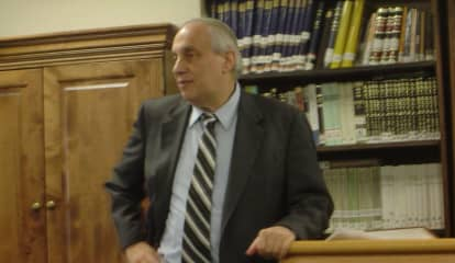 Rabbi Calls Out Westchester Youth Hockey League Team For Anti-Semitic Slurs, Taunts