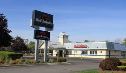 New Red Lobster Will Take Over Joe's Crab Shack Space At Tanger Outlets In Deer Park