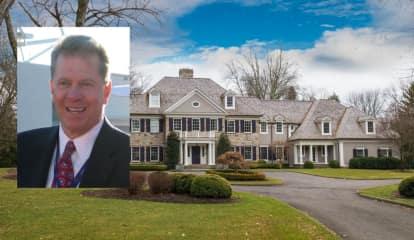 PHOTOS: Former Knicks Boss Checketts Lists Fairfield County Mansion