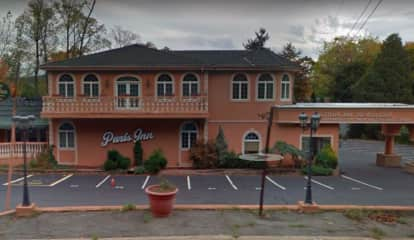 Wayne Paris Inn Auctioned Off To Popular Restaurateurs For $990G