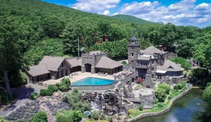 Captain's Castle: Derek Jeter Lists Hudson Valley Estate For $14.75M