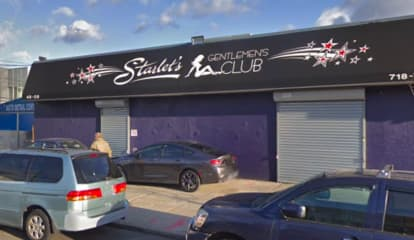Edgewater Man Leaving Strip Club Robbed Of $150G Worth Of Jewelry At Gunpoint, Report Says