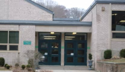 Mold Concerns Prompt Probe Of School In Fairfield