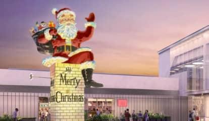 Big Santa Is Back In Bergen County