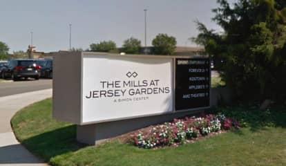 Mayor: Man Injured In Jersey Gardens Mall Shooting