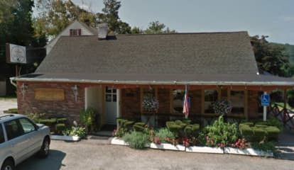 Southeast Grille House Provides Scenic Setting For Steak, Chicken, Scallops & More On Route 6