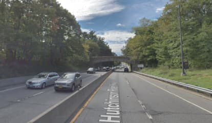 Expect Delays: Daytime Hutchinson River Parkway Lane Closure Scheduled