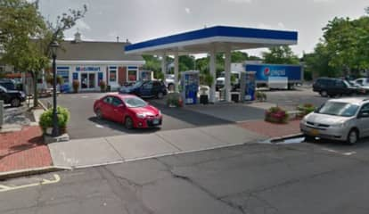 Man Found Passed Out In Car At New Canaan Gas Station Charged With Drinking While Driving