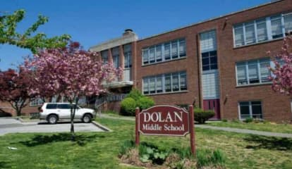 Water Leak Causes Closure Of Middle School In Stamford