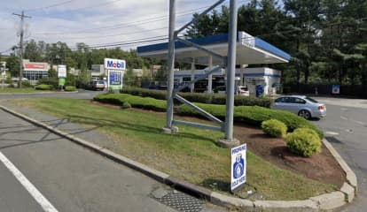 Rockland Gas Station Employee Hit In Head With Gun During Armed Robbery