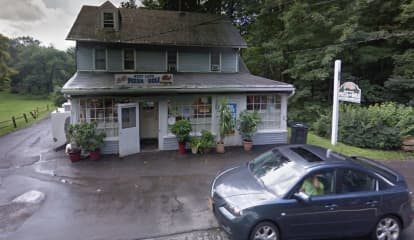 Popular Deli On Westchester/Fairfield County Border Under New Ownership After 31 Years