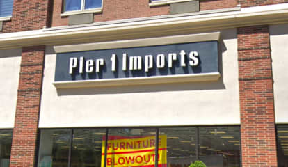 Pier 1 Imports In Edgewater To Shutter