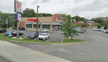 Police Investigate Suspicious Package In Parking Lot Of Rockland Walgreens