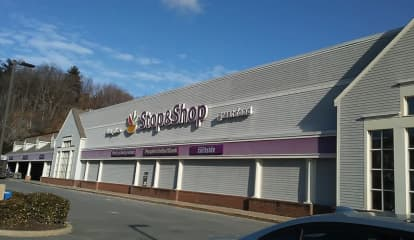 Man Admits To Stabbing Woman At Stop & Shop In Westchester