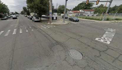 Multiple People Injured In Five-Vehicle Bridgeport Crash