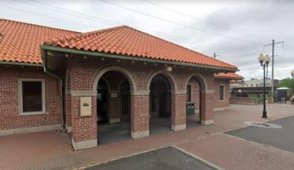 Man Found Unresponsive At Middlesex County Train Platform Dies