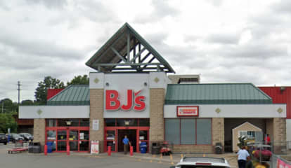Report: Wayne's Willowbrook Mall Could Get BJ's Wholesale Club