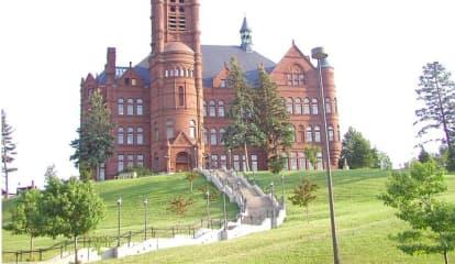 Two Syracuse University Freshmen Die In Span Of Two Days