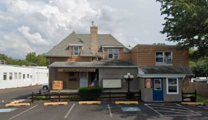 'Land Of The Free': Montgomery County Restaurants Defy New COVID Restrictions