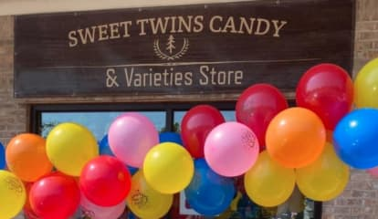 'Sweet Twins' Candy & Variety Shop Opens In Sussex County