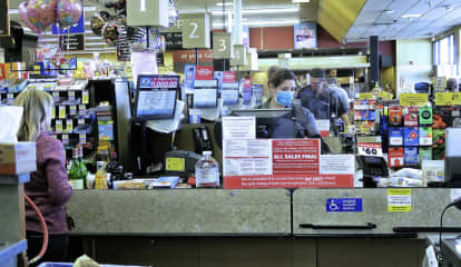 COVID-19: These Grocery Stores Are Paying Employees To Get Vaccinated