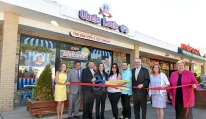 Uncle Louie's G's Opens New Nassau County Eatery
