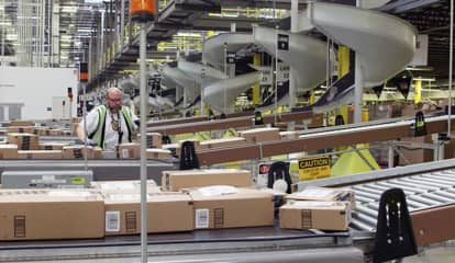 New Amazon Warehouse In Area Would Bring 800-Plus Jobs