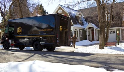 UPS To Hire 11,000 Workers Ahead Of Holiday Season In NY, NJ