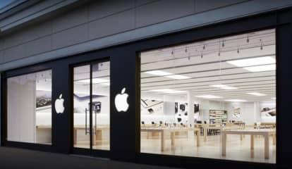 Police: Four Swipe Merch, Flee Woodcliff Lake Apple Store
