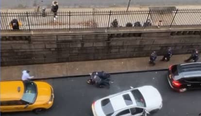 Fleeing Driver Nearly Hits Police In Mad Chase Through Holland Tunnel From NYC To NJ And Back