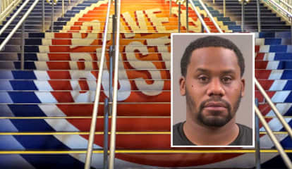 Wayne PD: Security Nabs Man Groping Female Patrons At Willowbrook Mall Dave And Buster's