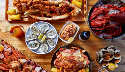 Calling All Seafood Lovers: New Orleans Inspired Restaurant 'The Boil' Opens Jersey City Digs